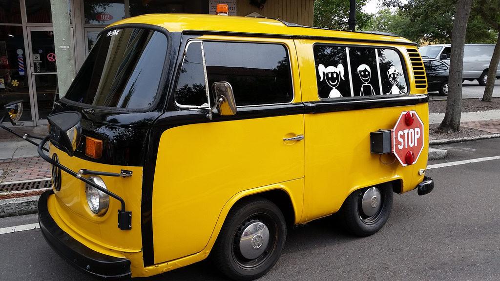 schoolbusT1